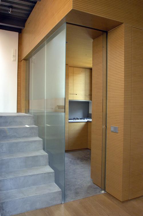 D Plaka kitchen&stairs kuene